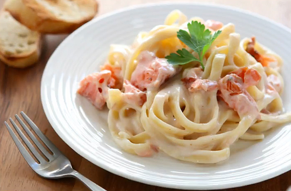 Pasta-salmone-e-Philadelphia-video-ricetta